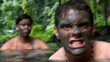 Schlammbad im Dschungel