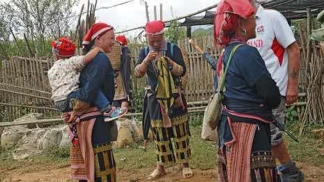 Stammesfrauen von Sapa