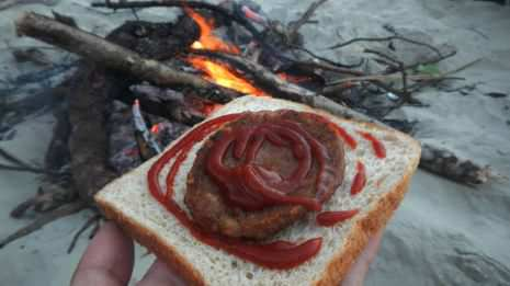 Backpacker Burger