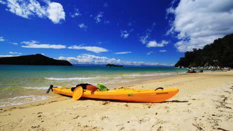 Unser Kayak am Strand