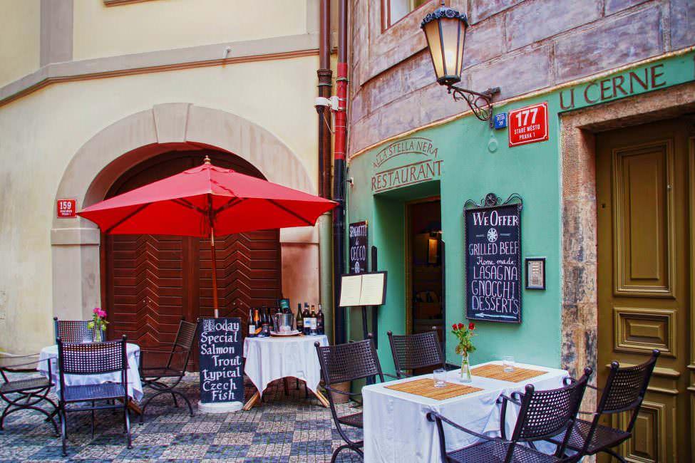 Prag Restaurant Bar Cafe