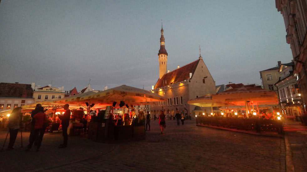 Altstadt Tallinn bei Nacht