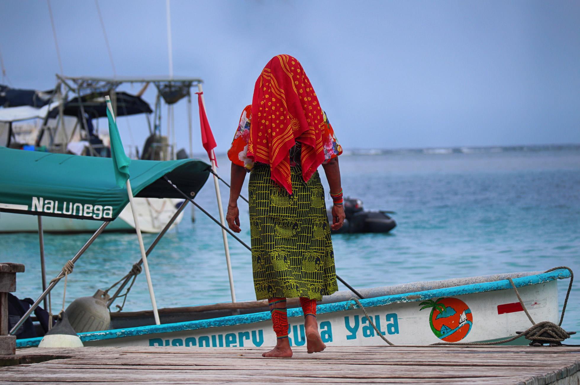 Traditionelle Kleidung der Kuna