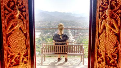 Luang Prabang: Zwischen Baguette, Palmen und Bergen