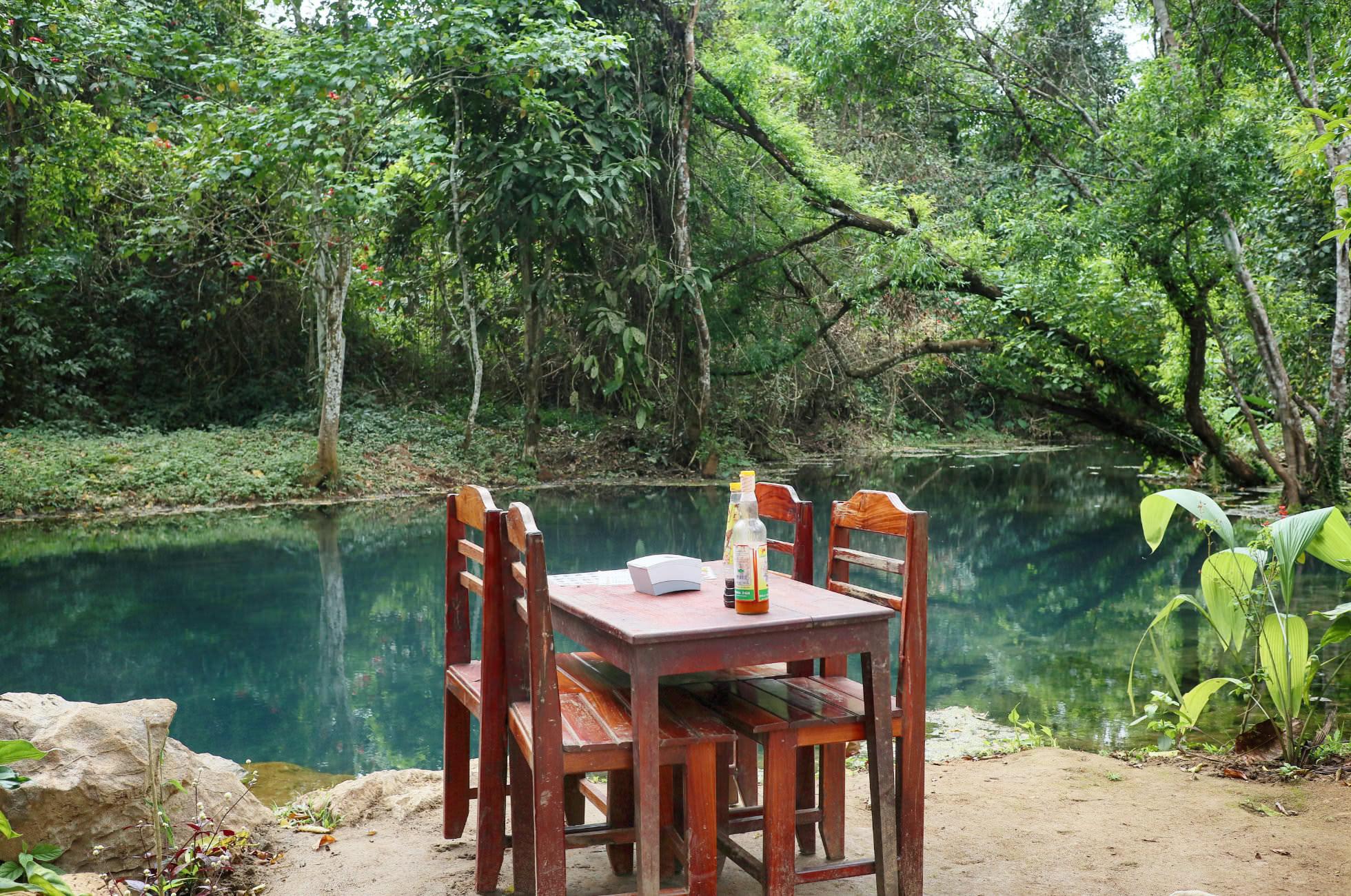 Restaurant Lagune Laos