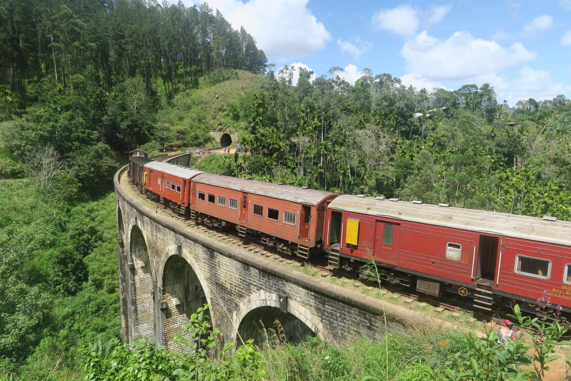 Bahnfahren in Sri Lanka