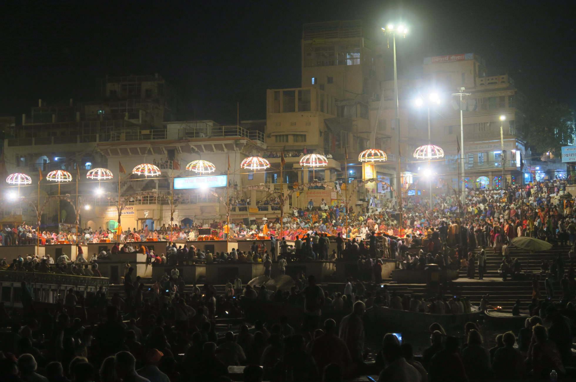 Ganga Aarti Zeremonie Varanasi