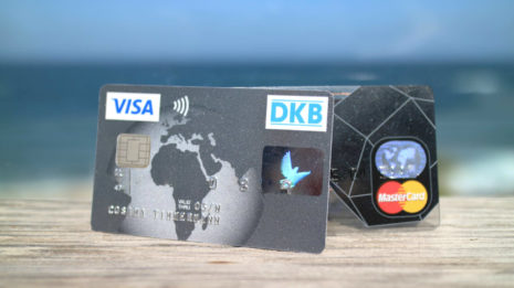 Kreditkarten: Kostenlos Geld abheben und bezahlen im Ausland