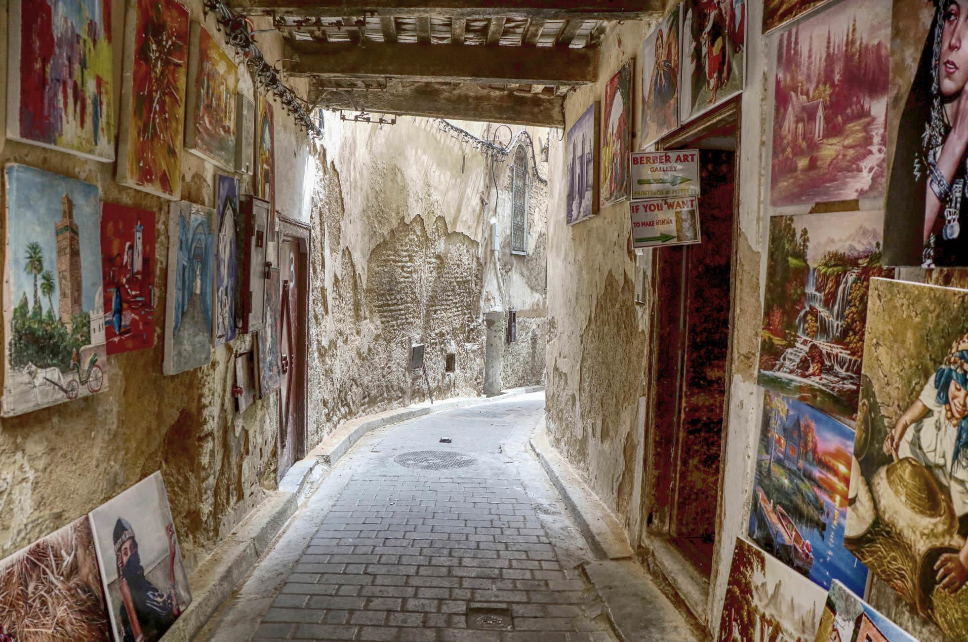 Gasse in der Medina von Fez